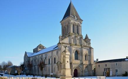 abbaye-Nieul-sur-l'Autise_ext